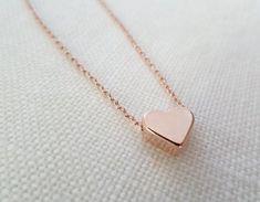 Collar de corazón color de rosa de oro... por TiffanyAvenueBridal