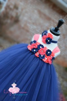 Hey, I found this really awesome Etsy listing at https://www.etsy.com/listing/223123038/5off-navy-and-coral-dress-navy-and-coral