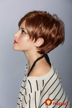 Cabelo curto feminino: Corte pixie ou joãozinho passo a passo Short hair female: Corte pixie or joãozinho step by step Long Face Hairstyles, Hairstyles For Round Faces, Pixie Hairstyles, Short Hairstyles For Women, Scene Hairstyles, Wedge Hairstyles, Trendy Hairstyles, Fashion Hairstyles, Straight Hairstyles