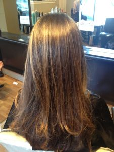 soft flamboyage and balayage highlights, brunette hair with golden highlights, davines technique