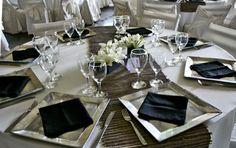 mesas blancos y negros
