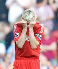A tearful Sami Hyypia after his final game for Liverpool against Spurs at Anfield. #LFC #legend