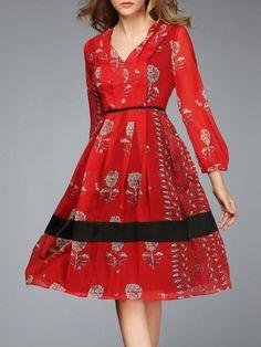 https://www.stylewe.com/product/printed-pleated-midi-dress-22856.html