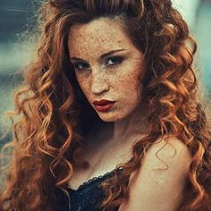 Model: Lovely  @bettw1  •Umbird• .. #redheads #redhairdontcare #beautiful #instagood #hot #gingergirl #model #cute #ginger #ruiva #hair #lips #eyes #sexy #pretty #lovely #fire #trendy #makeup #shoutouts #redhead #gorgeous #tagsforlikes #freckledfaces #freckled #girls #naturalbeautybasic