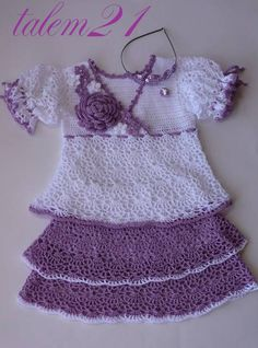 fashion gifts for little girls: crocheted dress - crafts ideas - crafts for kids
