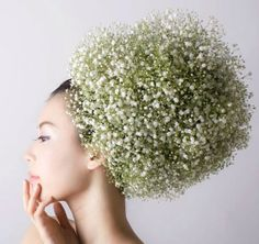 Collaborate with the Flowers for Everyone design team and your favourite milliner to create a show stopping floral headpiece at the Spring Racing Carnival Flowers In Hair, Fresh Flowers, Flower Hair, White Flowers, Beautiful Flowers, Spring Racing Carnival, Floral Headdress, Arte Floral, Floral Fashion