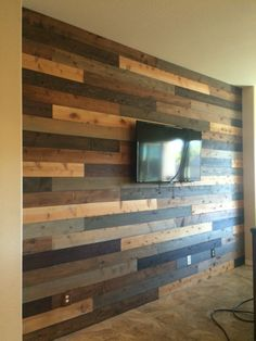 Our DIY pallet wall! Turned out amazing I love it! 2019 Our DIY pallet wall! Turned out amazing I love it! The post Our DIY pallet wall! Turned out amazing I love it! 2019 appeared first on Pallet ideas. Wood Slat Wall, Diy Accent Wall, Wood Walls Living Room, Wooden Accent Wall, Home Remodeling, Wooden Fireplace Surround, Reclaimed Wood Furniture, Diy Pallet Wall, Wood Pallet Wall