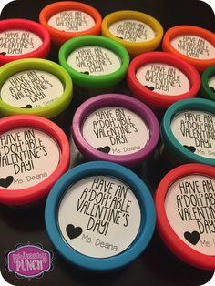 FREE playdough valentine tag! More Valentine Ideas @ www.pinterestshop... #valentinesday #valentineideas