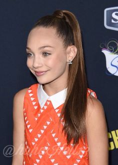 Added by #hahah0ll13 Dance Moms LA Premiere of Pitch Perfect 2 Maddie Ziegler