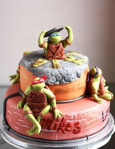 TMNT cake-I will ba making this for C in the future!!