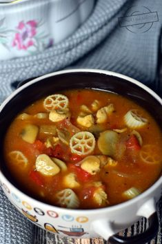 Ketchup, Cheeseburger Chowder, Chili, Food And Drink, Cooking Recipes, Gastronomia, Chile, Chef Recipes