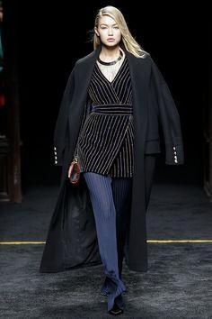 balmain-fw15-pfw-runway-27 – Vogue