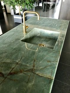 Indian Home Decor .Indian Home Decor Interior Design Kitchen, Interior And Exterior, Kitchen Decor, Interior Decorating, Green Marble, Cuisines Design, Küchen Design, Cheap Home Decor, Interior Inspiration