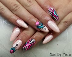 Nails graphic