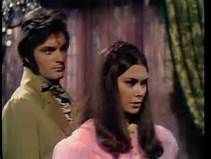 Quentin Collins (David Selby) and Daphne Harridge (Kate Jackson) in Dark Shadows. The Gothic soap opera which originally aired weekdays on ABC television from June 1966 - April 1971. Following the lives of the Collins family it featured vampires, ghosts, werewolves, zombies, man-made monsters, witches, warlocks, time travel, and a parallel universe.