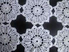 ▶ Соединение круглых мотивов Compound round motifs Crochet - YouTube