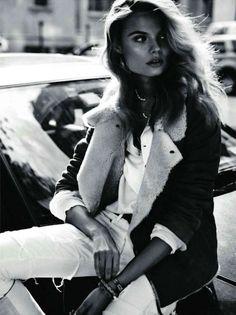 Beauty...    Magdalena Frackowiak