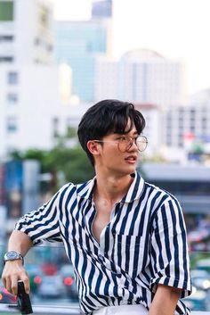 Hot Asian Men, Cute Asian Guys, Asian Boys, Handsome Actors, Cute Actors, Handsome Boys, Dramas, V Instagram, Boyfriend Photos