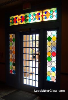 35 Ideas for stained glass door panel colour Stained Glass Door, Glass Crafts, Painting On Glass Windows, Faux Stained Glass, Stained Glass, Glass Design, Mosaic Glass, Door Glass Design, Stained Glass Panels