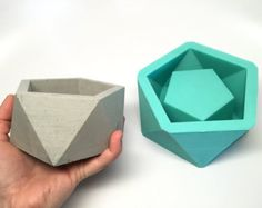 Items similar to Icosahedron Flat Mold - Reusable Mold - Sizes S-XXL - Now available in 5 sizes!! Concrete Mold, Geometric Planter on Etsy