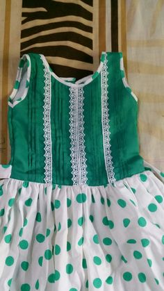 Stylish Dresses For Girls, Dresses Kids Girl, Kids Outfits Girls, Girl Outfits, Baby Girl Dress Design, Girls Frock Design, Design Girl, Baby Girl Frocks, Frocks For Girls