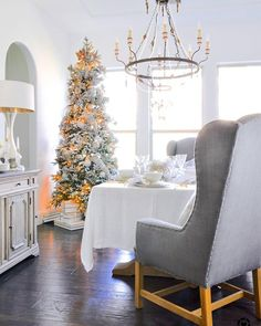 We are back in Texas for Christmas although we still have an 8 hour drive from Amarillo to our home north of Houston. Im looking forward to several days of baking gift wrapping and entertaining! Whats left on your list? Dining Room Tour Dining Room Styling Tips and all SOURCES are available on Decor Gold Designs  http://liketk.it/2tWvN @liketoknow.it #liketkit #LTKholidayathome #LTKhome - Architecture and Home Decor - Bedroom - Bathroom - Kitchen And Living Room Interior Design Decorating…
