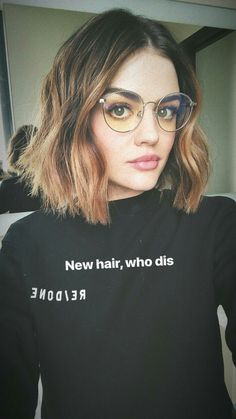 her new hair is SO FREAKING SEXY