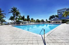Casa Del Mar Key Biscayne pool