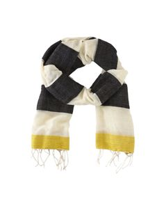 Tea partnered with fashionABLE to create this scarf with a mission in mind. Your purchase helps empower women in Africa and give them the chance to have a choice to earn their own living.