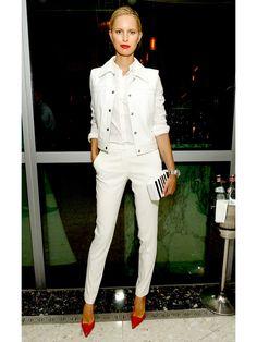 白シャツをスーパークールに着こなし! おしゃれモデルのオールホワイトLOOK