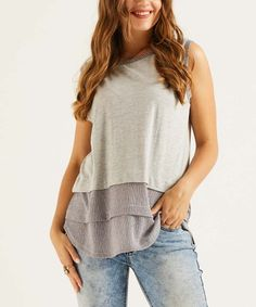 Suzanne Betro Weekend Heather Light Gray & White Tiered Sleeveless Tunic - Women & Plus Weekend Style, Sleeveless Tunic, Heather Grey, That Look, Tunic Tops, How To Wear, High Point, Outfits, Dresses