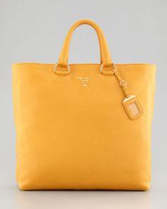 V1DF9 Prada Daino Tote Bag
