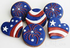 Love these 4th of July cookies from LilaLoa