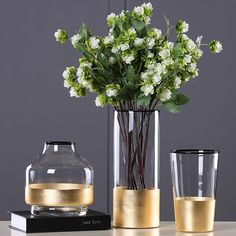 Clear or painted glass flower vase is an unforgettable gift idea for your friends, family members or yourself. Glass vase of flowers is also a valuable addition to the existing modern home decor collection and a perfect start of a new one. Vintage glass flower vase brings a modern touch of minimalistic simplicity to your living room, foyer or office. Choose a centerpiece ceramic flower vase to celebrate housewarming, anniversary, birthday or any other special moment. #flowervase #vase…