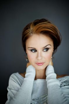 Keegan Connor Tracy known for once upon a time, white noise, 40 days and 40 nights.