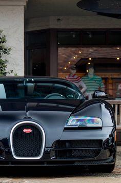 Bugatti Veyron Beautiful!!