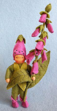 Atelier Pippilotta :: New Waldorf Crafts, Waldorf Dolls, Tiny Dolls, Soft Dolls, Felt Ornaments, Holiday Ornaments, Felt Fairy, Felt Embroidery, Natural Toys