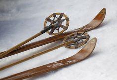 Skiing on nostalgia: Germans dust off antique ski gear for race - Photos Ski Vintage, Vintage Ski Posters, Vintage Stuff, Vintage Travel, Ski Racing, Ski Equipment, Ski Gear, Snow Fun, Ski Chalet