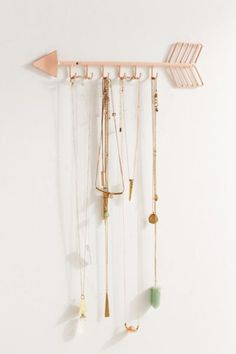 Shop Arrow Necklace Organizer at Urban Outfitters today. We carry all the latest styles, colors and brands for you to choose from right here.