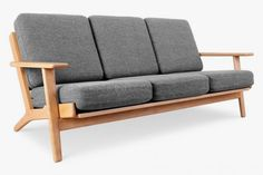 wood sofa with soft cushion, Hans Wegner Plank sofa, high quality sofa wooden sofa Handmade Furniture, Vintage Furniture, Furniture Decor, Living Room Seating, Living Room Sofa, Sofa Design, Design Pas Cher, Sofa Manufacturers, Buy Sofa