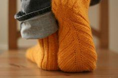 ooooh....they look soooo cozy :)