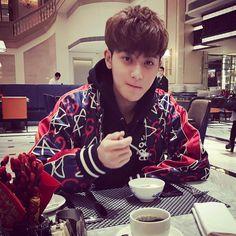 good morning 💗  #gucci Kaisoo, Chanbaek, Kyungsoo, Chanyeol, Tao Exo, Wattpad, Fanfiction, Beauty Of Boys, Huang Zi Tao