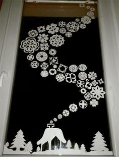 Wonderful Christmas Window Decor Ideas – Welcome My World Christmas Crafts For Kids, Christmas Art, Holiday Crafts, Christmas Ornaments, Christmas Windows, Spirit Of Christmas, Diy And Crafts, Kids Crafts, Paper Crafts