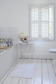 witte vloer badkamer - Google zoeken