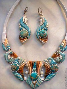 Polymer Clay Animals, Polymer Clay Dolls, Polymer Clay Necklace, Polymer Clay Creations, Polymer Clay Crafts, Jewelry Crafts, Jewelry Art, Fabric Jewelry, Jewelry Design