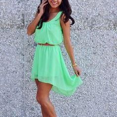 bright green dress <3