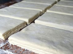 Basic recipe for grandma 's puff pastry NejRecept. Czech Recipes, Russian Recipes, Croissants, Decorating Tips, Baking Recipes, Great Recipes, Cheesecake, Sweet Tooth, Food And Drink