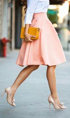 love this peach flared skirt <3