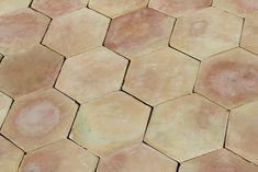 baldosas de barro cocido hexagonales elaboracion manual