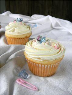 Gender Reveal Cupcakes--filling indicates gender!